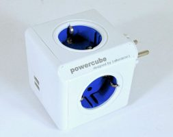 allocacoc – PowerCube original USB (4xAC + 2xUSB)